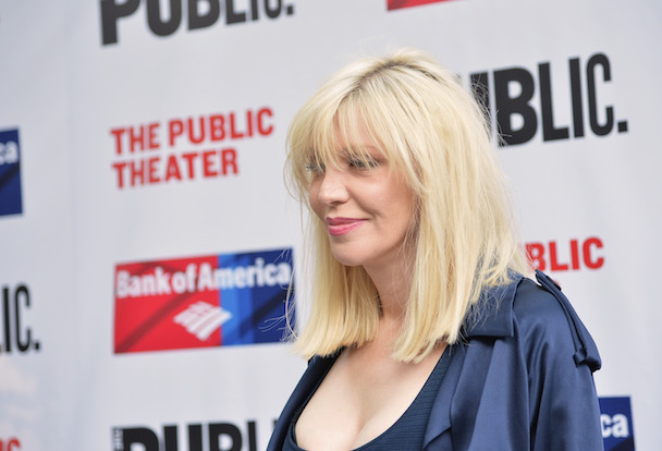 Courtney Love Calls Off Hole Reunion