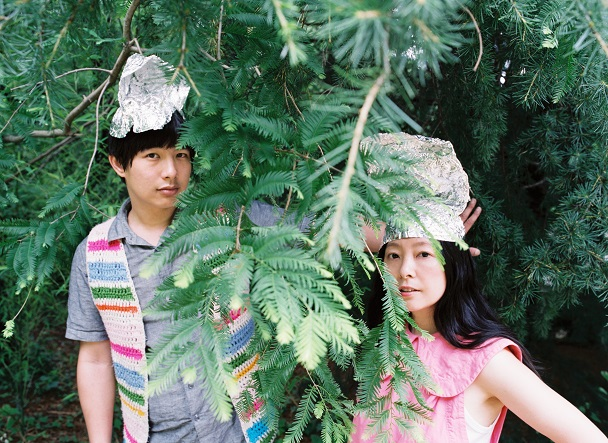"""Dustin Wong & Takako Minekawa – """"She He See Feel"""" (Stereogum Premiere)"""