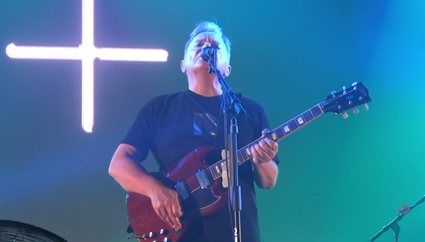 """Watch New Order Cover """"San Francisco (Be Sure To Wear Flowers In Your Hair)"""""""