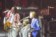 Watch Arcade Fire Perform With Mavis Staples In Chicago
