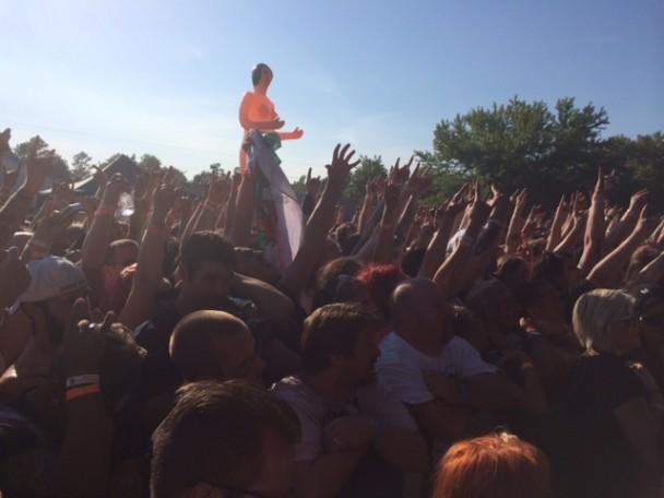 Gwar-B-Q crowd