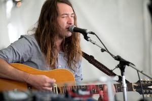 "Mikal Cronin Takes Requests, Debuts Solo ""Better Man"" At Stereogum #Soundwave At Outside Lands"