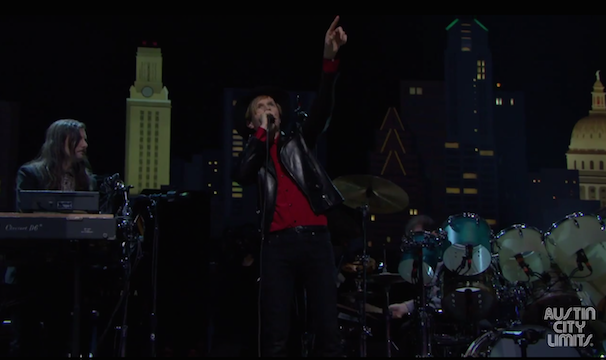 Watch Beck Do &#8220;Loser&#8221; On <em>Austin City Limits</em>&#8217; 40th Season Premiere
