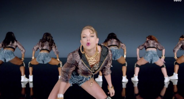 "Taylor Swift - ""Shake It Off"" video"