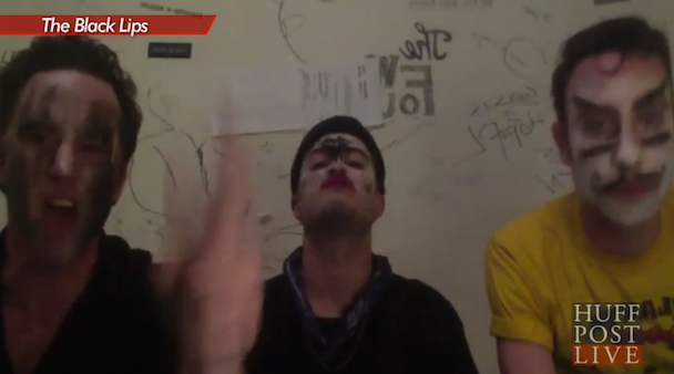 Watch The Black Lips Call In To Mock Gene Simmons On Huffpost Live