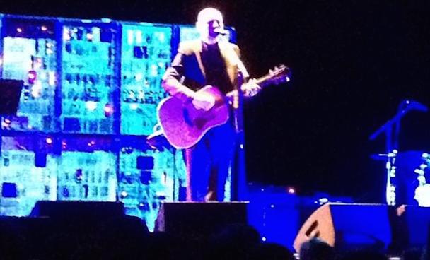 "Watch Billy Corgan Play Pumpkins B-Side ""Purr Snickety"" & Zwan's ""Of A Broken Heart"" At Ravinia Festival Rehearsal"