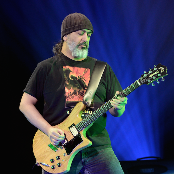 Soundgarden's Kim Thayil Won't Name Names, But He's Still Pissed At Billy Corgan