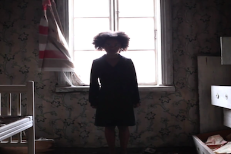 "Mirel Wagner - ""The Dirt"" Video"