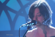 "Watch Sharon Van Etten Play ""Break Me"" And ""Tarifa"" On <em>Kimmel</em>"