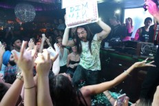Steve Aoki Defends Throwing Cake At His Fans