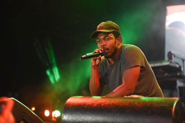 "Kendrick Lamar Praises Taylor Swift For Liking ""Backseat Freestyle"""