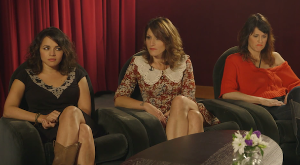 Watch Puss N Boots Get Terrible Advice From Vanessa Bayer