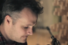 """Watch Mount Eerie Play New Song """"Emptiness"""" (Stereogum Premiere)"""