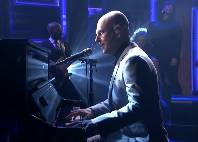 Philip Selway on The Tonight Show