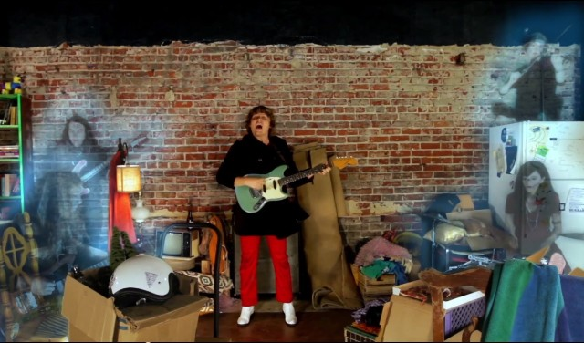 "Ty Segall - ""The Singer"" video"