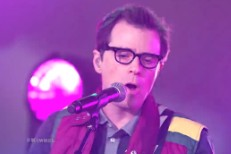 Watch Weezer Break Out The Dual Guitar Solo On <em>Kimmel</em>