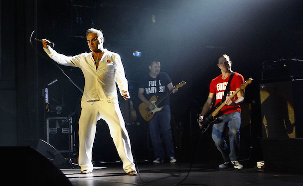 """Morrissey Returns To The Stage With Band In """"Fuck Harvest"""" T-Shirts"""