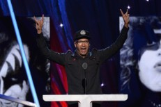 "Tom Morello Addresses PancakeGate And 5 Point Cafe's ""Hipster Version Of A Studio 54 Doorman"""