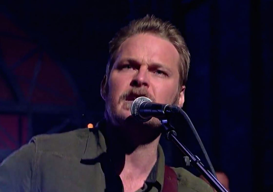 Watch Hiss Golden Messenger&#8217;s Swaggering, Muscular <em>Letterman</em> Performance