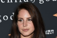 Lana Del Rey Becomes Last-Minute Oscar Hopeful With Two <em>Big Eyes</em> Songs