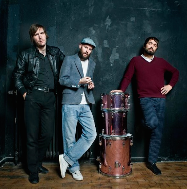 "Peter, Bjorn & John – ""Put It There"" (Paul McCartney Cover) (Stereogum Premiere)"
