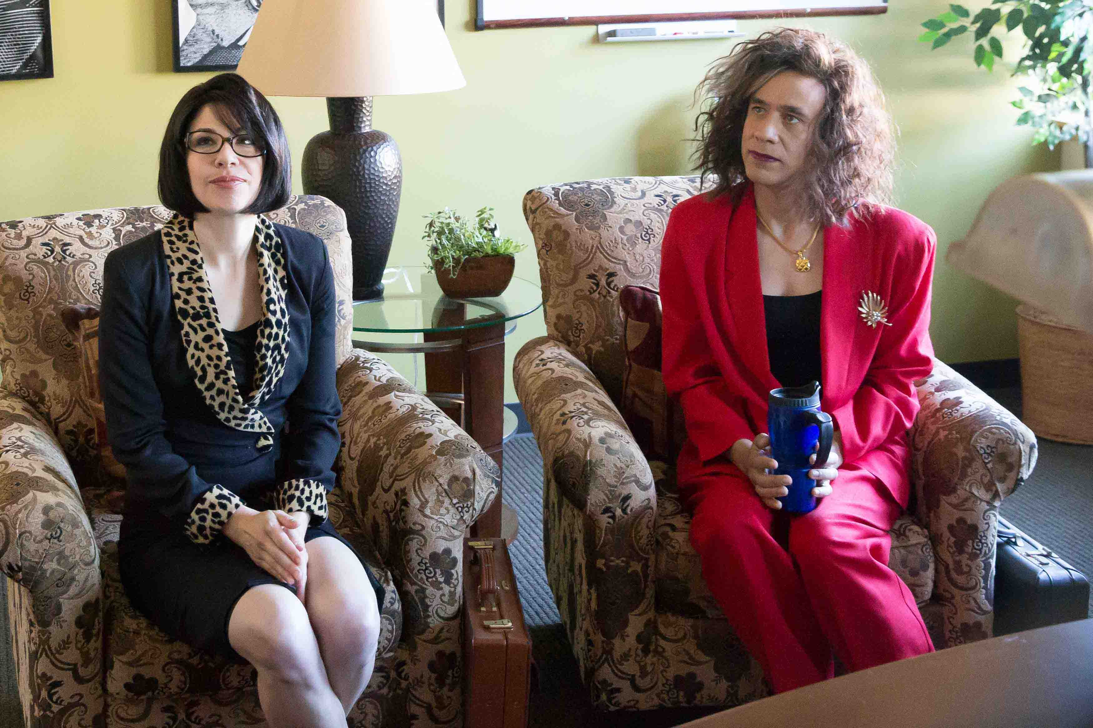 <em>Portlandia</em> Season 5 Guests Include Paul Simon, Greta Gerwig, Parker Posey, Oscar The Grouch