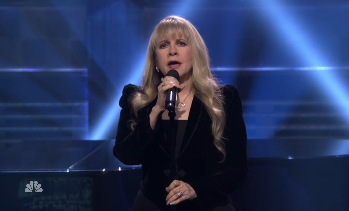 Watch Stevie Nicks Bring The Gravity On The Tonight Show