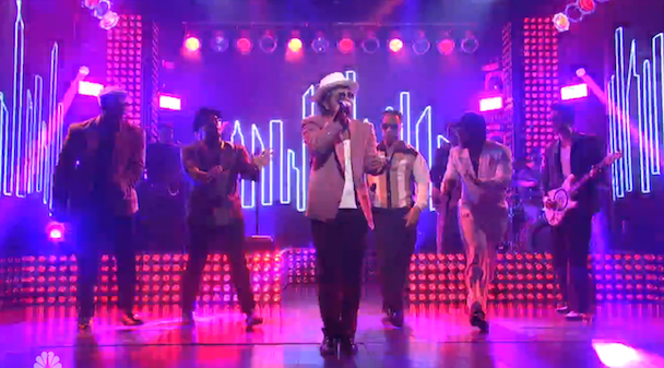 Watch Mark Ronson Perform With Bruno Mars &#038; Mystikal On <em>SNL</em>