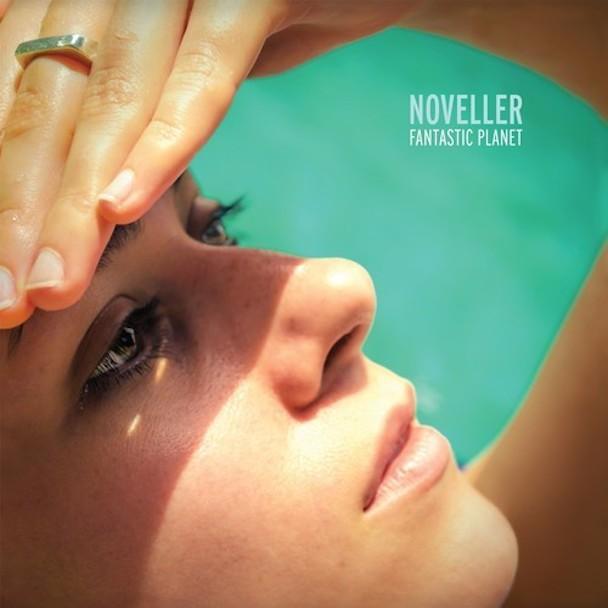 "Noveller - ""Into The Dunes"""