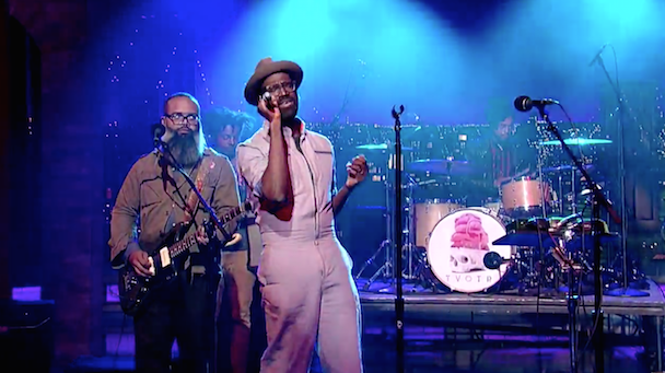 Watch TV On The Radio Perform &#8220;Happy Idiot&#8221; on <em>Letterman</em>