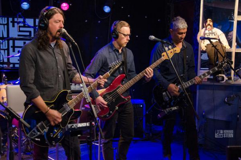 Hear Foo Fighters Talk And Perform On <em>Howard Stern</em>