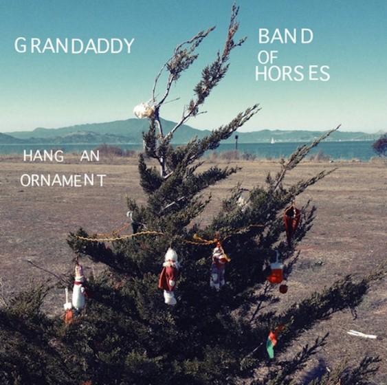 """""""Hang An Ornament"""""""