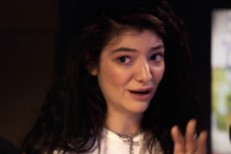 Lorde in Triple J sketch