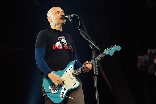 """Billy Corgan Launches Pop-Up Tea Shop, """"Weird"""" Musical"""