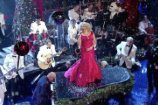 Watch Darlene Love's Last Christmastime Letterman Performance