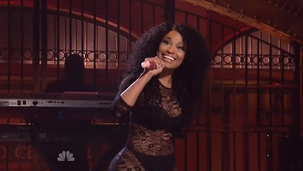Watch Nicki Minaj Perform, Impersonate Beyoncé And Kim Kardashain On <em>SNL</em>