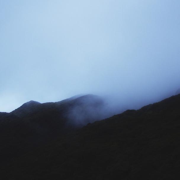 "Lontalius - ""Light Shines Through Dust"""