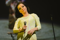 New Björk, New Björk: She's Playing Intimate NYC Shows In March & April
