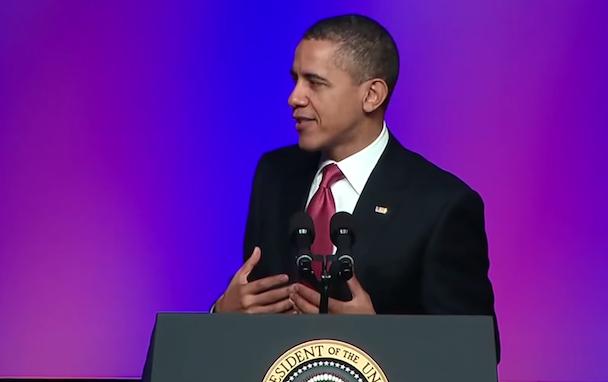 "Watch Barack Obama Sing ""Uptown Funk"" In Latest BaracksDubs"