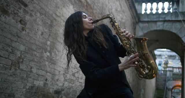 PJ Harvey Will Record Ninth LP In Public Art Installation