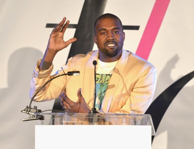 Kanye West @ Fashion Los Angeles Awards
