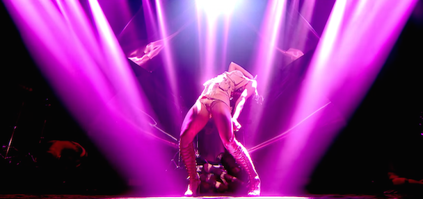 """Watch FKA Twigs' Hypnotic Performance Of """"Hide"""" & """"Pendulum"""" At The Brit Awards Nomination Ceremony"""