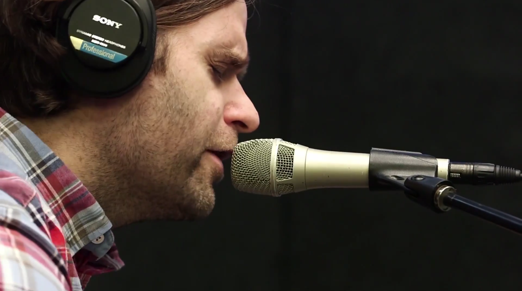 """Watch Death Cab For Cutie's Ben Gibbard Play """"Black Sun"""" Acoustic For SiriusXM"""