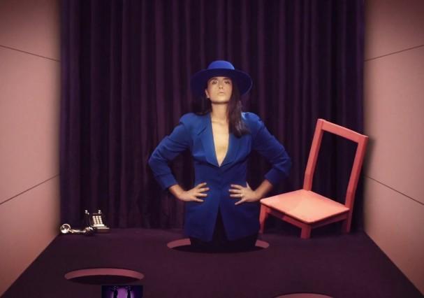 "Jessie Ware – ""Champagne Kisses"" Video"