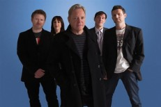 "Bernard Sumner Teases ""Old-Fashioned"" New Order LP, First Without Peter Hook"