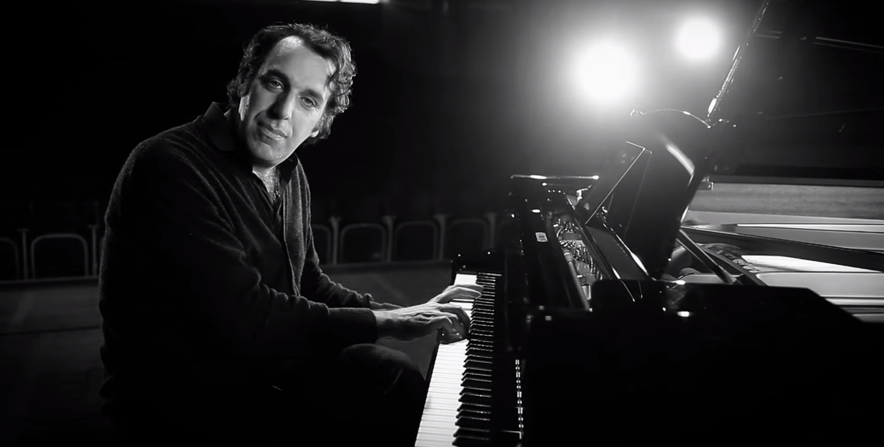 Chilly Gonzales Explains What Nicki Minaj Has In Common With Billy Joel And Lionel Richie