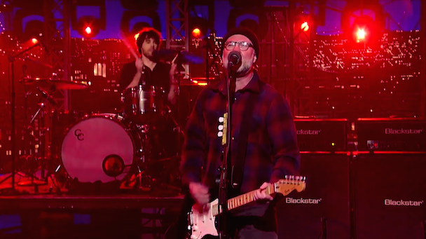 Watch Bob Mould (Literally) Bring Down The House On <em>Letterman</em>