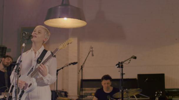 "Laura Marling - ""False Hope"" Video"