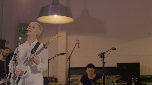 "Laura Marling – ""False Hope"" Video"