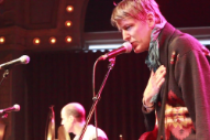 "Watch Stephen Malkmus Cover Taylor Swift's ""Blank Space"" For Portland Kids"
